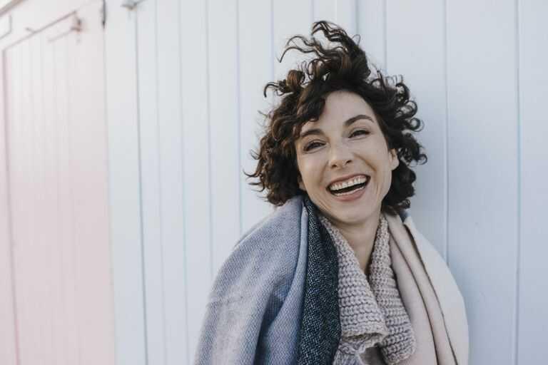 8 Tipps Fur Eine Tolle Frisur Mit Naturlich Lockigem Haar 2019
